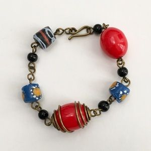 Jewelry - Beaded Bracelet w/Hook Closure